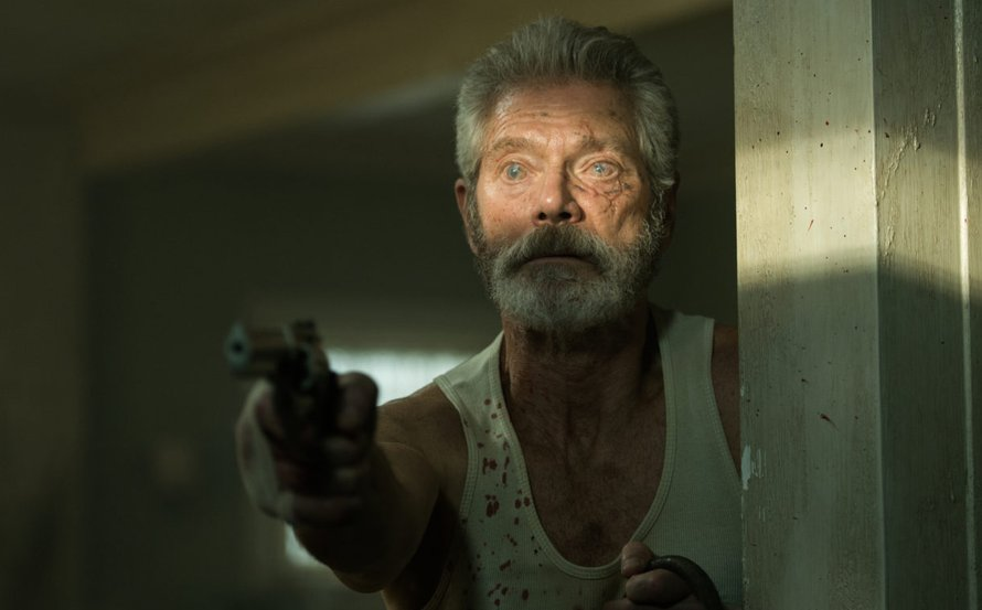 Stephen Lang in Lights Out