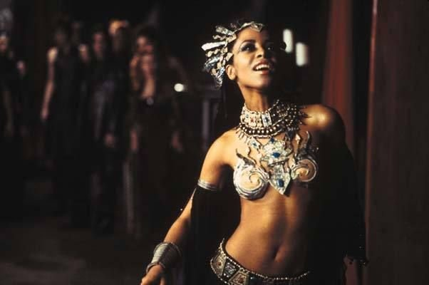 Aaliyah als Akasha (Queen of the Damned)