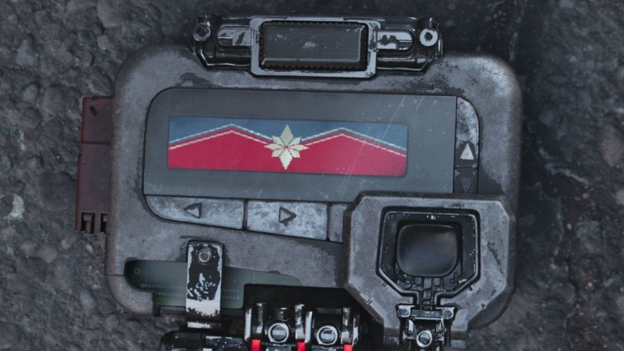 Captain Marvel signal in Avengers: Infinity War