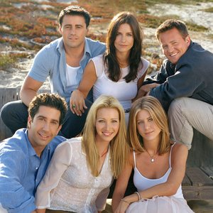 Sitcom Friends met o.a. Jennifer Aniston, Courtney Cox en David Schwimmer