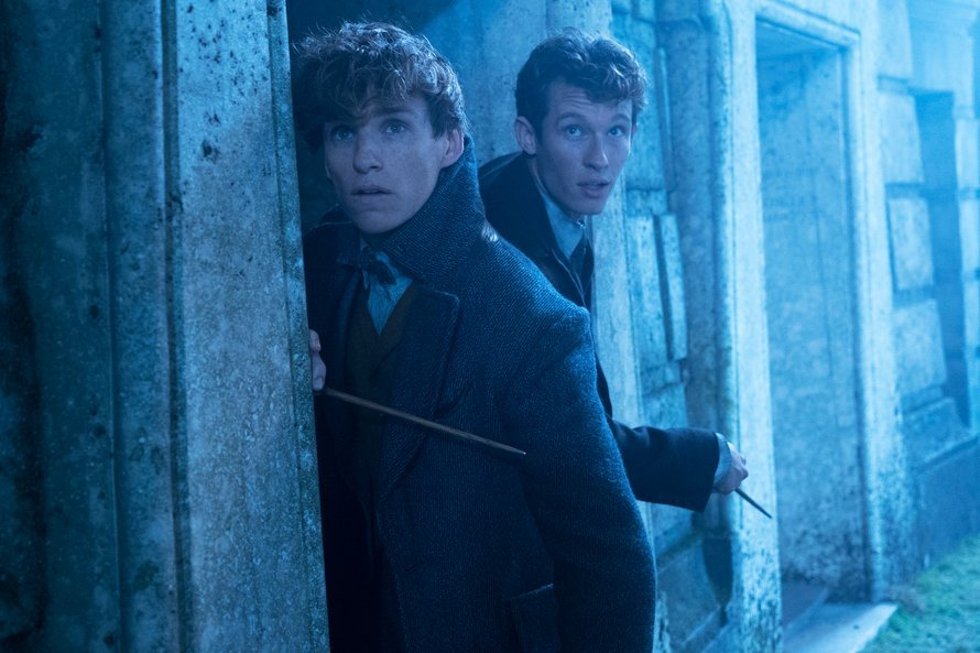 Newt en Theseus Scamander in Fantastic Beasts: The Crimes of Grindelwald
