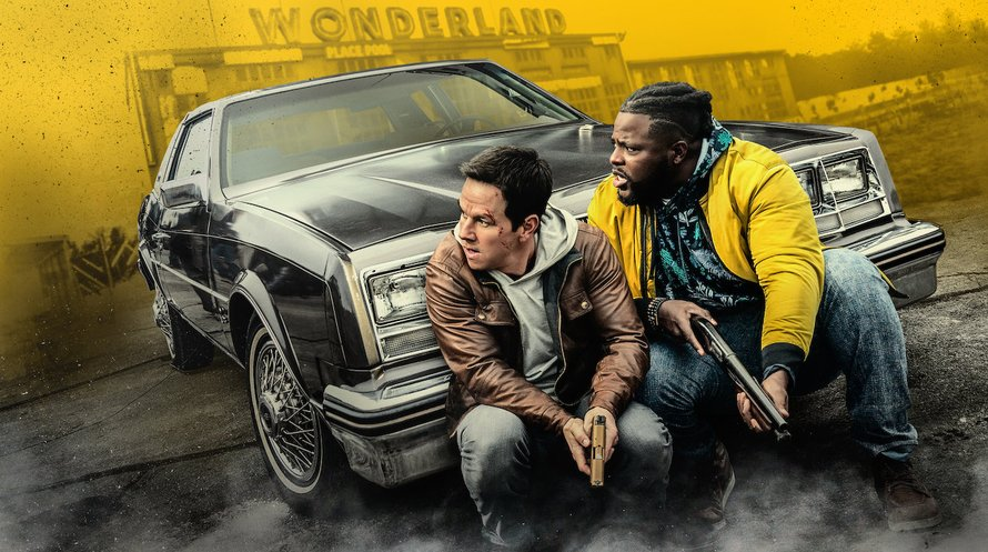 Mark Wahlberg en Winston Duke in Spenser Confidential op Netflix 2020