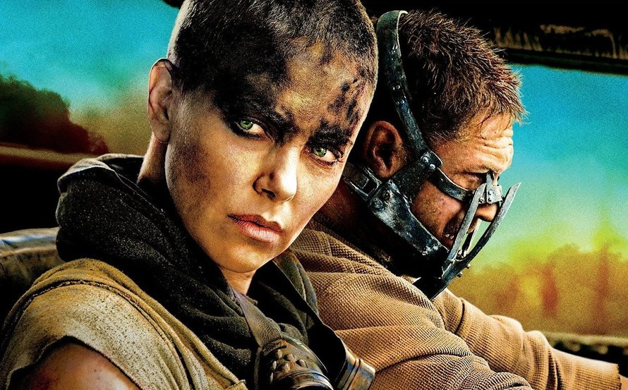 Charlize Theron en Tom Hardy in Mad Max Fury Road