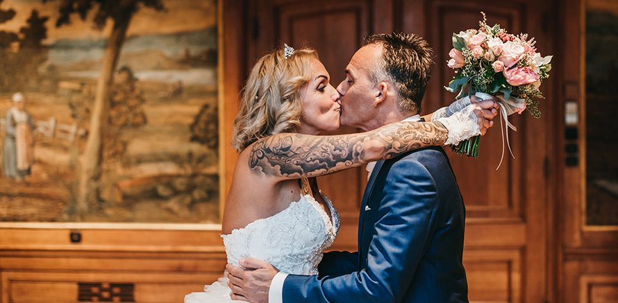 mafs chantal henk married at first sight 2020 bruiloft huwelijk kus